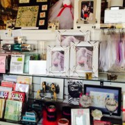 Picture frames in many sizes